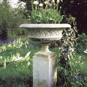 planters-stone-tazza-basketweave-urn